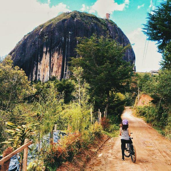 Kilómetros de montaña. Guatapé, Antioquia